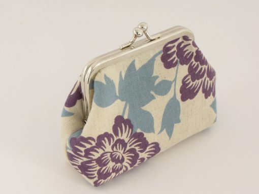 Floral con purse / Drobižnica z rožami