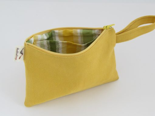 Yellow makeup Purse / Rumena torbica za kozmetiko