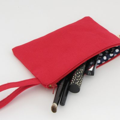 Red Makeup Purse / Rdeča torbica za makeup