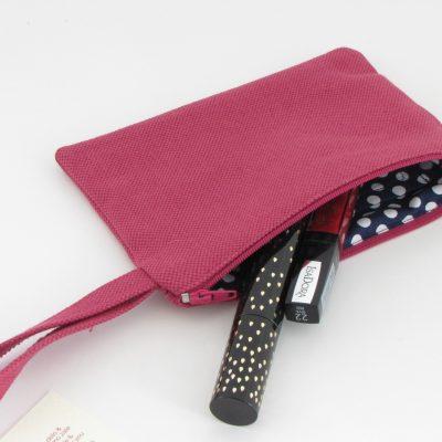 Purple Cosmetic Purse / Lila kozmetična torbica