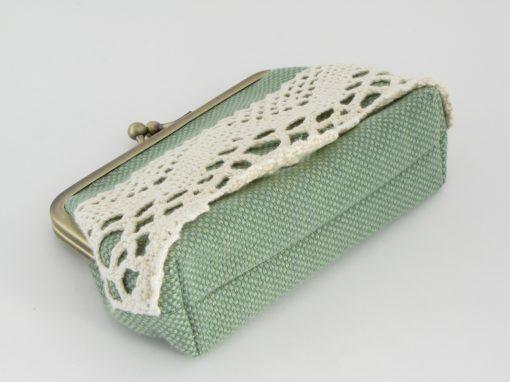 Zelena unikatna torbica z okvirčkom / Unique Green Kisslock purse