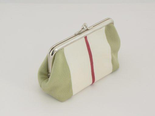 Zelena unikatna torbica / unique green kisslock purse