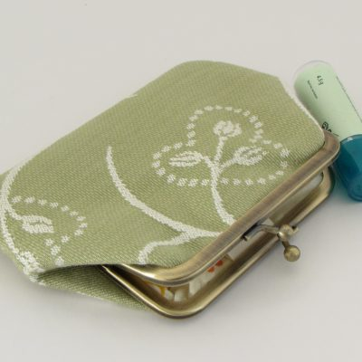 zelena denarnica / green kisslock wallet