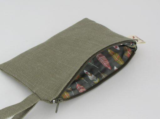 Temno zelena kozmetična torbica / Dark Green Makeup Purse