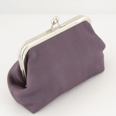 LiLa torbica z okvirčkom / Purple Kisslock purse