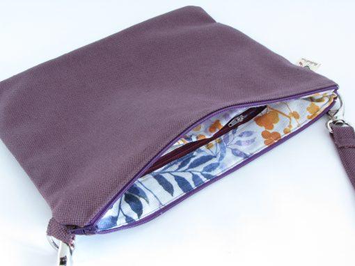 Temno lila torbica / Purple Crossbody Bag